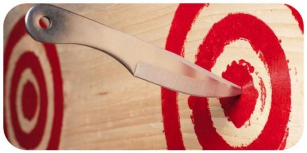 Как метать нож: 4 простых секрета